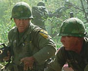 We Were Soldiers - Mel Gibson on the field of battle